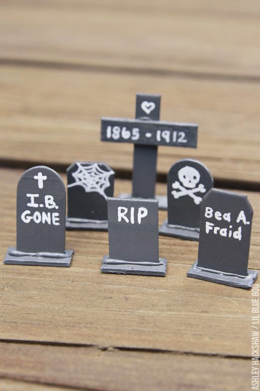 How to make halloween tombstones and graveyard