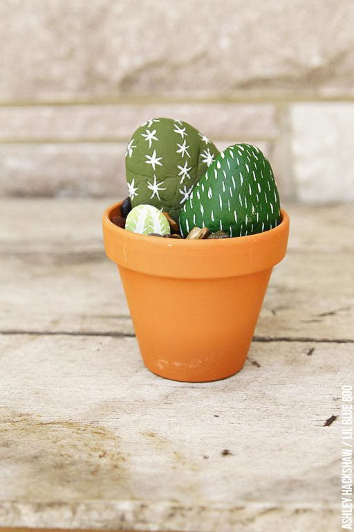 Easy table centerpiece - cactus rocks diy