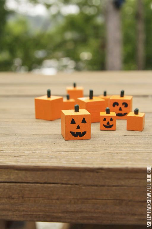 Tiny Miniature pumpkins for dollhouse or table decor