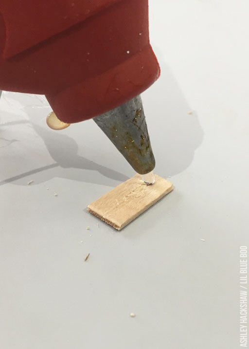How to glue popsicle sticks