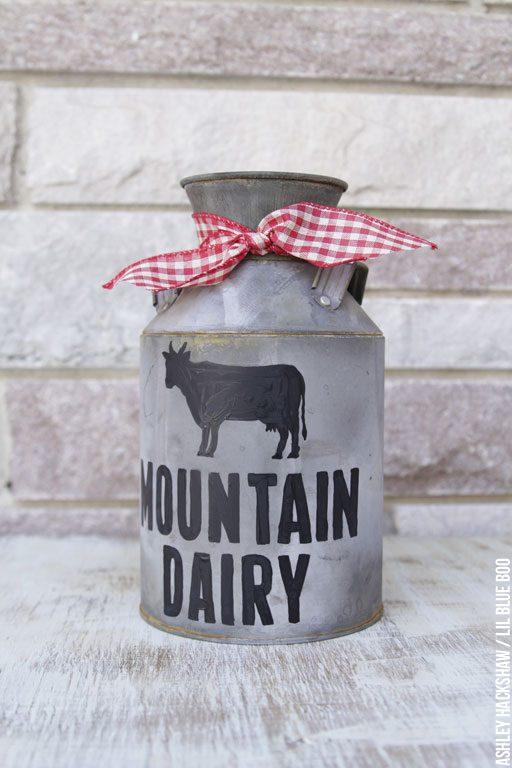 DIY Vintage Galvanized Dairy Can - DIY Rustic Christmas Accents