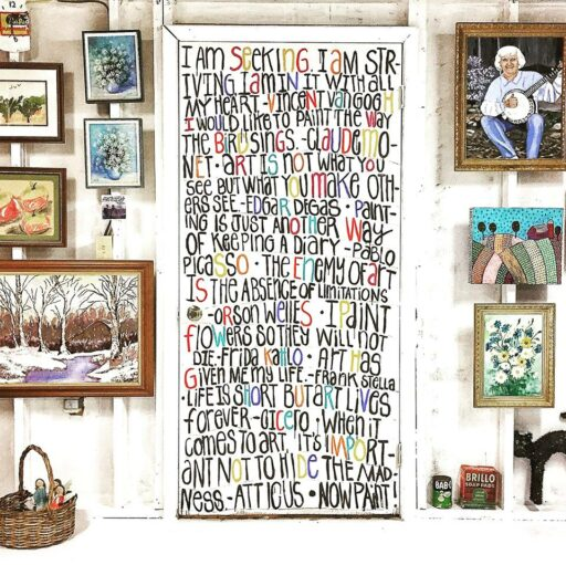 Art Studio Ideas - DIY Wall Mural with Art Quotes