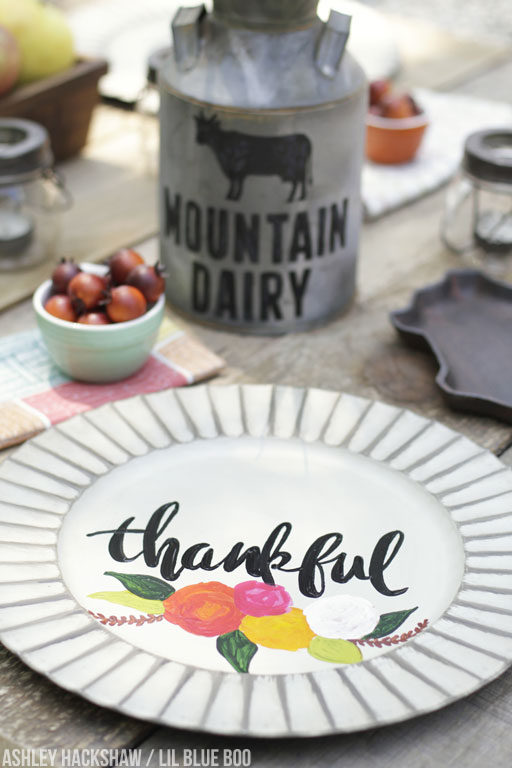 DIY Calligraphy Chargers - Wedding Thanksgiving Farmhouse Rustic